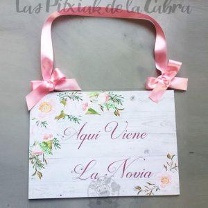 Cartel de aquí viene la novia