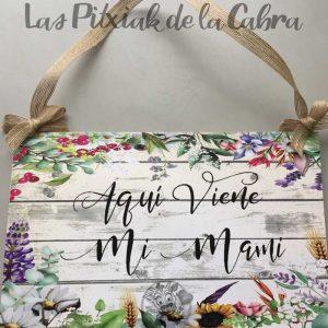 Cartel de bodas viene mi mami con flores silvestres