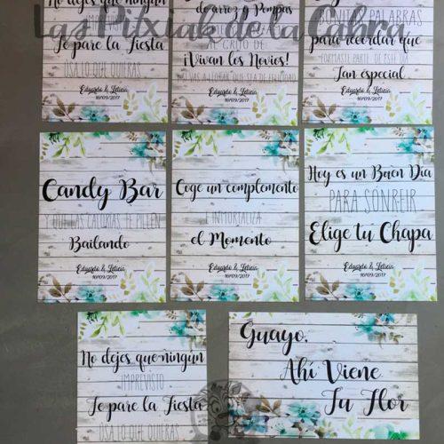 Cartel para bodas con muchos textos y flores con madera
