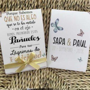 Pañuelos para lágrimas de felicidad de bodas con lazo dorado
