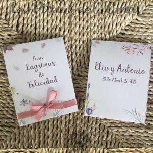 Pañuelos para lágrimas de felicidad de bodas estampado de flores