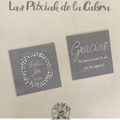 Etiquetas para detalles de boda gracias en color gris