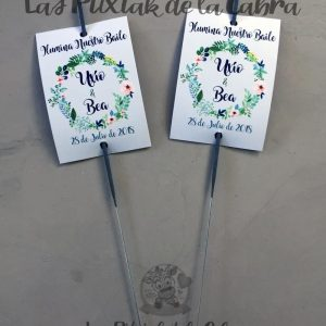 Bengalas para bodas con corona de flores