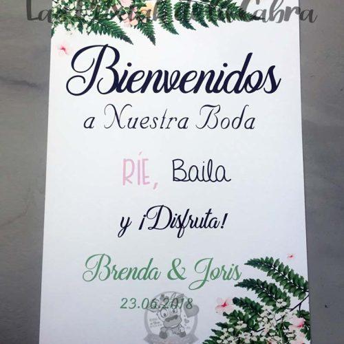 Cartel para bodas bienvenidos con helecho