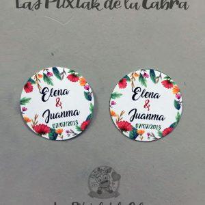 Etiquetas para detalles de boda flores vistosas