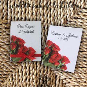 Pañuelos para boda lágrimas de felicidad flores rojas