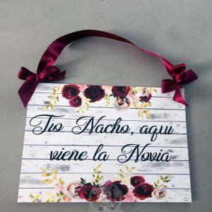 Cartel aquí viene la novia para bodas
