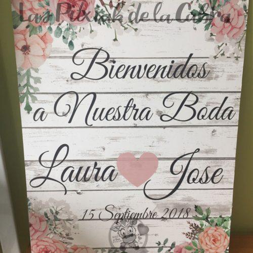 Carteles bienvenidos a nuestra boda con nombres de los novios