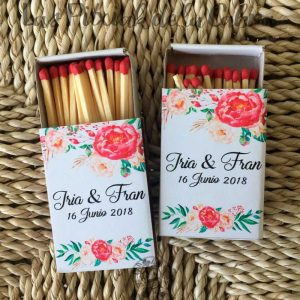 Cerillas para bodas con flores y nombres de los novios
