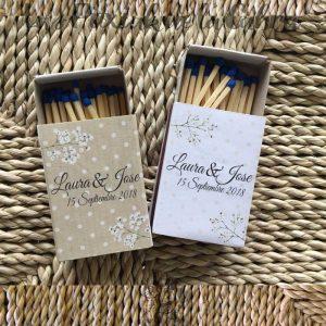 Carteles para boda en dos colores con ramas de paniculata