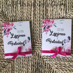 Lágrimas de felicidad rosas y grises para bodas