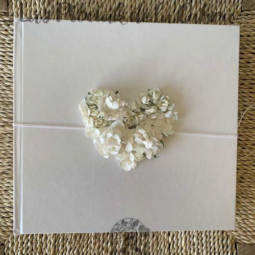 Libro de firmas para boda corazón blanco de flores