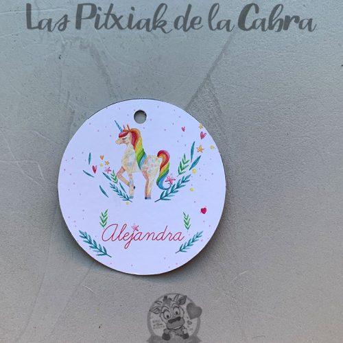 Etiqueta para comunión con unicornio y corazones