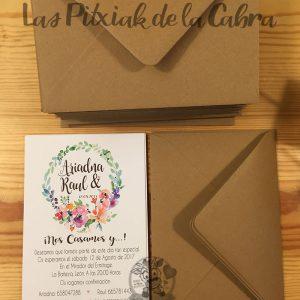 Invitaciones de boda con corona de flores