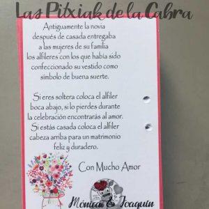 Tarjeta para alfileres de boda con texto explicativo