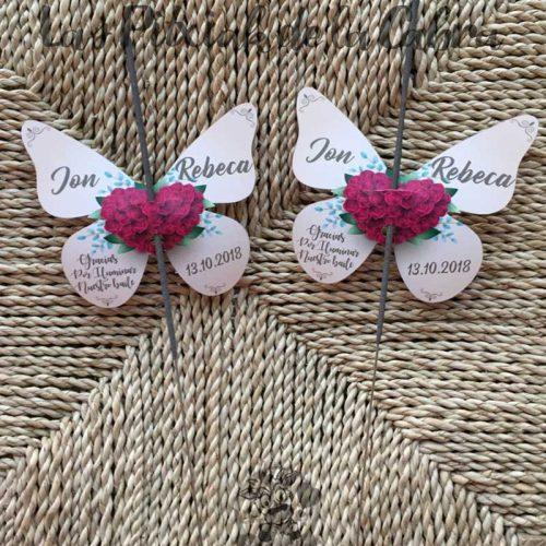 Bengalas con mariposas corazón de flores