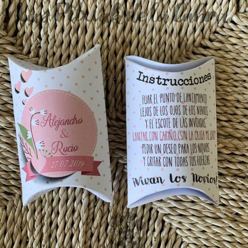 Cajitas de arroz para bodas con flores rosas
