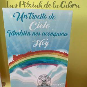 Cartel para boda arcoiris hay un trozo de cielo
