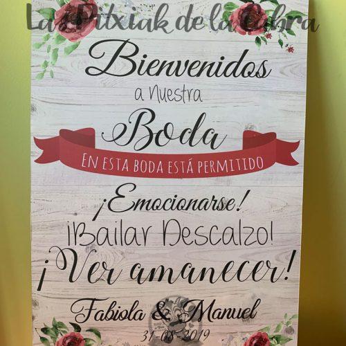 Cartel bienvenidos a boda con flores granate