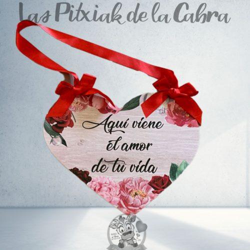 Cartel para bodas corazón viene el amor de tu vida