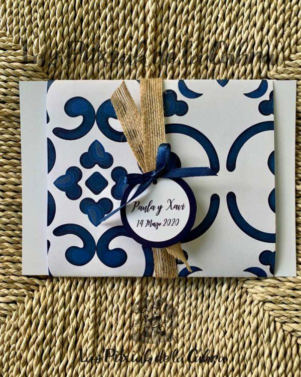 Invitación de boda diseño porcelana azul