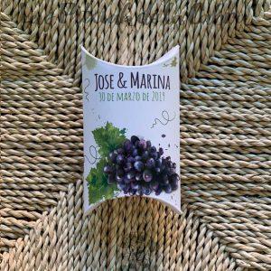 Cajita de arroz para bodas con diseño de uvas