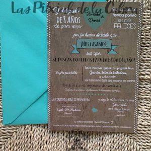Invitación de boda marrón y topitos